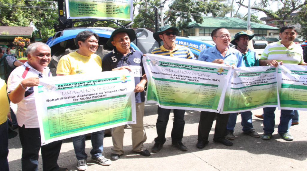DA Secretary Proceso  J. Alcala leads the turnover of agricultural interventions to LGUs during the Yolanda commemoration last year.